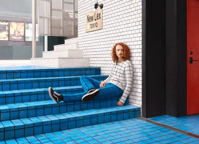 Custom Hand-Knit Sweaters Blend Subjects into Urban Environments   Colossal