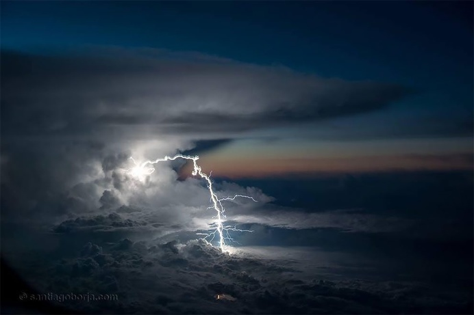 Pilot Takes Amazing Photos From His Cockpit, And They Will Take Your Breath Away