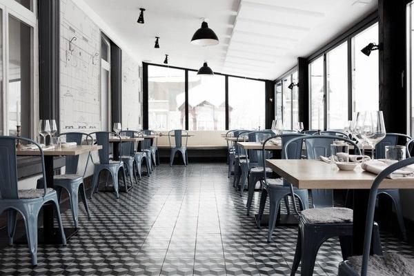 Lotta Agaton: Ski Lodge #interior #tolix #chairs #ski #lodge #design #decor #deco #decoration