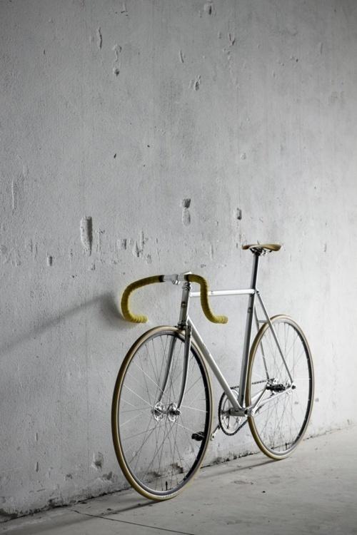 fixie #fixie #bicycle #silver #velo #bike #metal