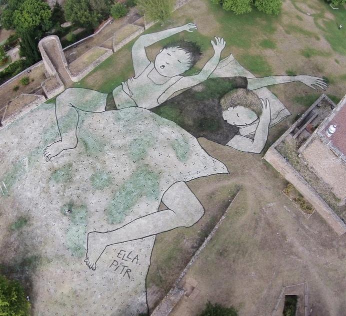 Sleeping Children on Grass by Ella & Pitr - JOQUZ #urban #mural #art #street #painting #drawing