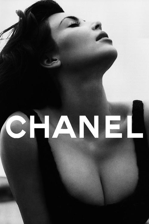 Wall-B World Wild #woman #chanel #fashion #lady #typography
