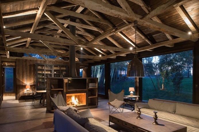 Shed house at Lake Ranco