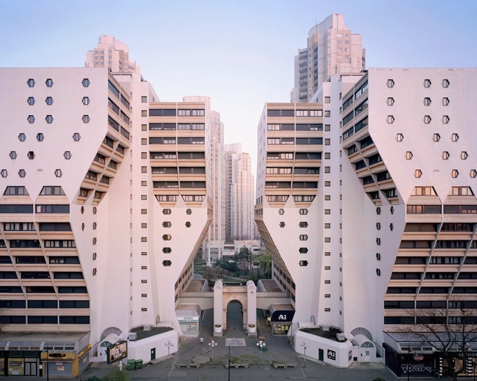Virtually Abandoned Housing Estates in Paris Documented by Laurent Kronental