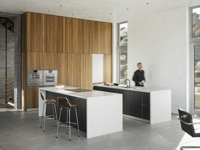 kitchen / EYRC Architects