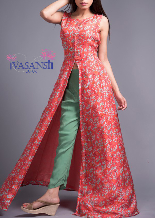 Vasansi Jaipur has countless western dresses for ladies that have some extraordinary characteristic, unique hand block prints which make the