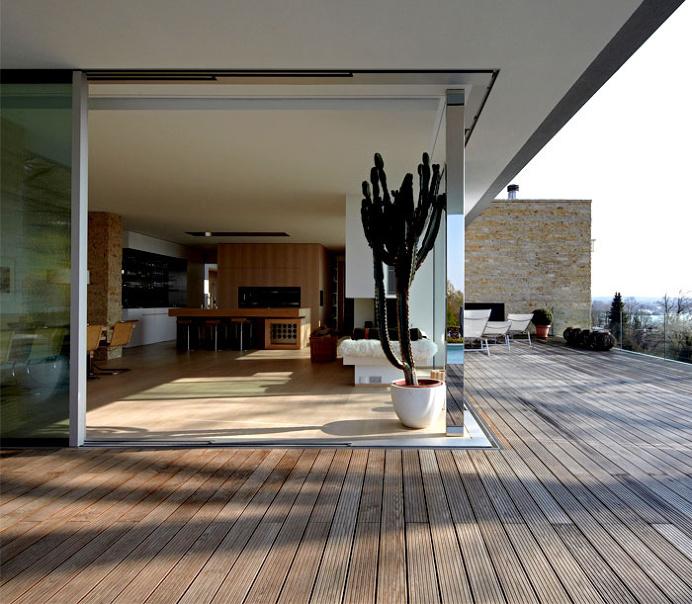 House S – Californian Easy Living at Lake Starnberg