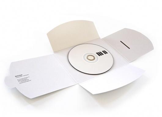Matías Nadal. Compositor : Rocío Martinavarro- logo made from piano keys #packaging #logo #stationary