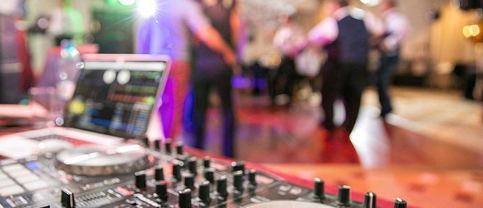 To keep everyone happy, we have pursued the worst wedding reception songs to give you the following list of 40 of the most banned wedding songs. Be sure to give your DJ, MC or band this list before the reception.