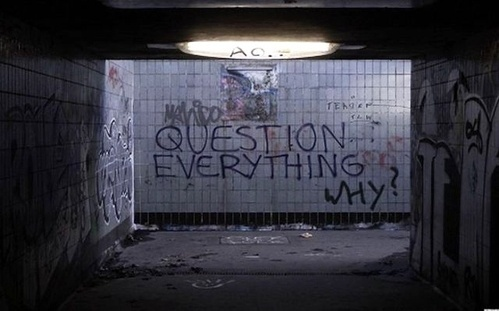 this isn't happiness™ Peteski #graffiti #photo #quotes