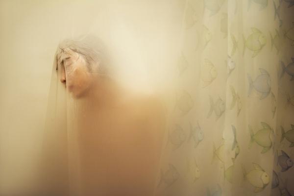 Glossom   Items   MFA_03215860_ART_02 #man #photography #blur