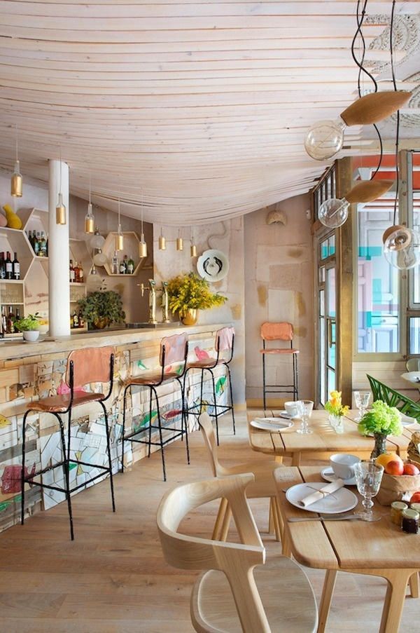 Mama Campo restaurant eclectic design with decors and pastel shades - www.homeworlddesign. com (10) #madrid #design #interiors #restaurant