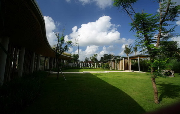 CJWHO ™ (Kayu Aga House by Yoka Sara Indonesian architect...) #design #interiors #indonesia #bali #architecture #luxury
