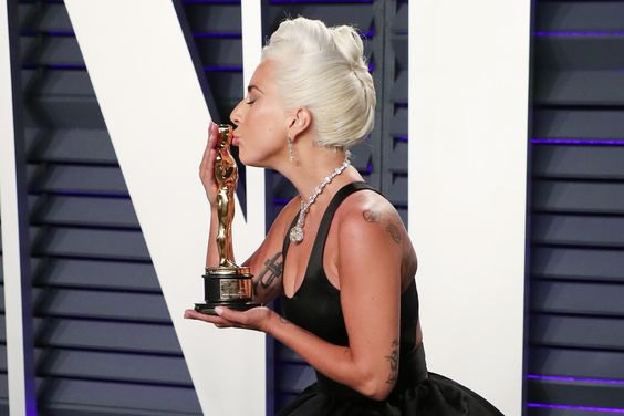 We Break Down #LadyGaga and Queen's 2019 #Oscar #Triumphs #RollingStones #Music Now podcast examines 2019 Oscar faves #AStarIsBorn and #BoRhapMovie #ladygaga arrives at the #VanityFair #Oscar #Party, Arrivals, #LosAngeles, #USA - 24 Feb 2019 http://bit.ly/2H4XmGm