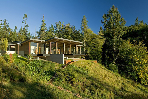 Modern House on Whidbey Island in Washington #forest #architecture #house