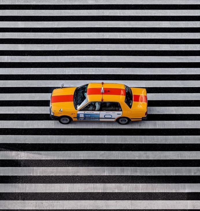Striking Street Photography in Tokyo by Ben Richards