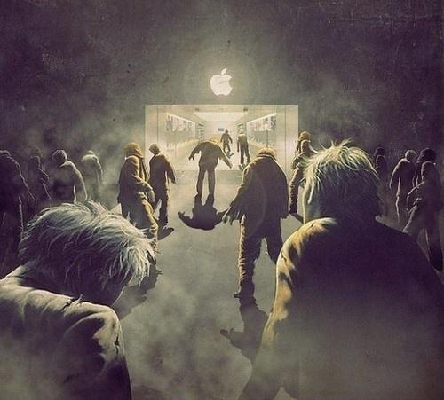 Aaapple… #apple #night #store #zombie #light