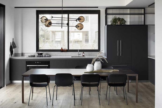 Monochromatic and Minimalist Look, dining room, Shira Lavi BD