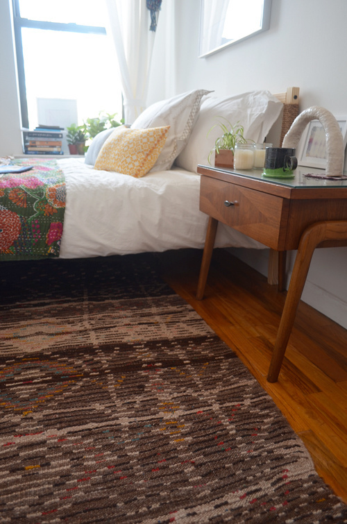 hemp rope wrapped around wood bed frame #interior #design #decor #deco #decoration