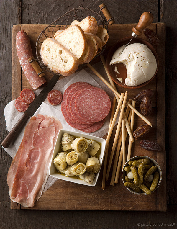 wasbella102:Some antipasti….jeanfivintage: #photography #food #party