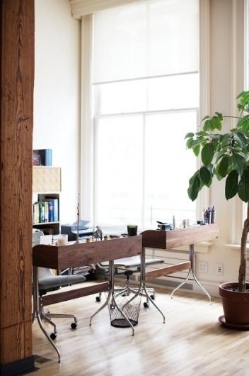 desire to inspire - desiretoinspire.net - Emily JohnstonAnderson #desk #workspace