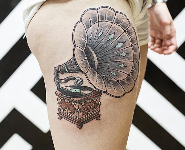 55 Thigh Tattoo Ideas #ideas #tattoo #thigh