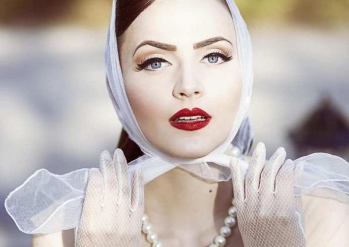 Vibrant Beauty Photography by Nina Masic