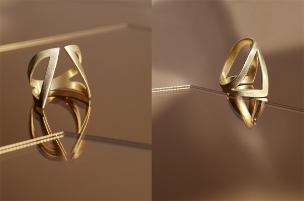 Mies Nobris Ring photographed by Monika Holzner #metal #gold #ring #jewelry #mies nobis