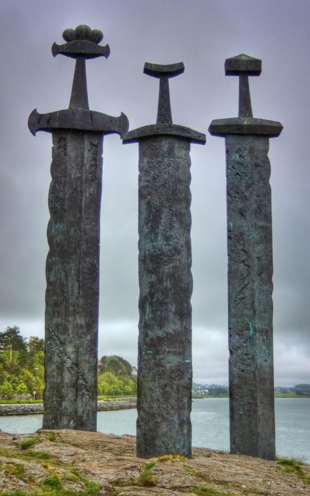 Viking Swords at Stavanger Swords Monument | Flickr - Photo Sharing! #3 #swords #monument