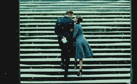 http://off-the-wall-b.tumblr.com/tagged/lady #steps #snow #gif #love