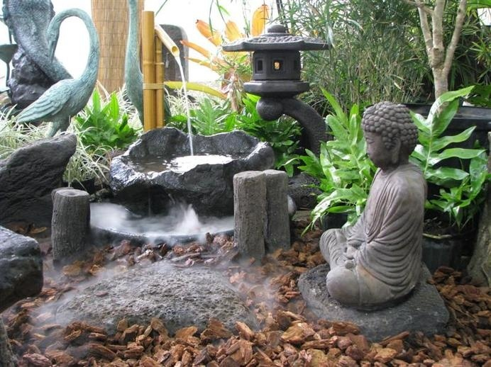 Japanese garden / www.homeworlddesign.com #garden #japanese #bonsai
