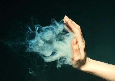 tumblr_lijp7e2iRD1qdqv1co1_500.jpg (480×340) #smoke