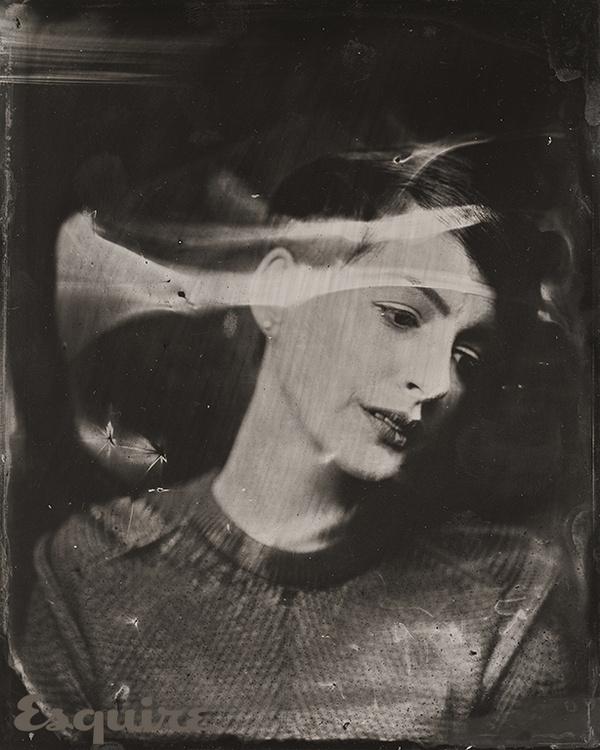 HELLO YOU CREATIVES #hathaway #photo #retro #portrait #anne