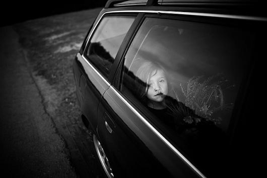 Toutes les tailles | - | Flickr: partage de photos! #child #car #photgraphy