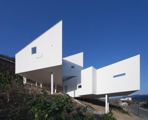 8008 by Hiroyuki Arima + Urban Fourth #house #home #architecture #minimal #minimalist