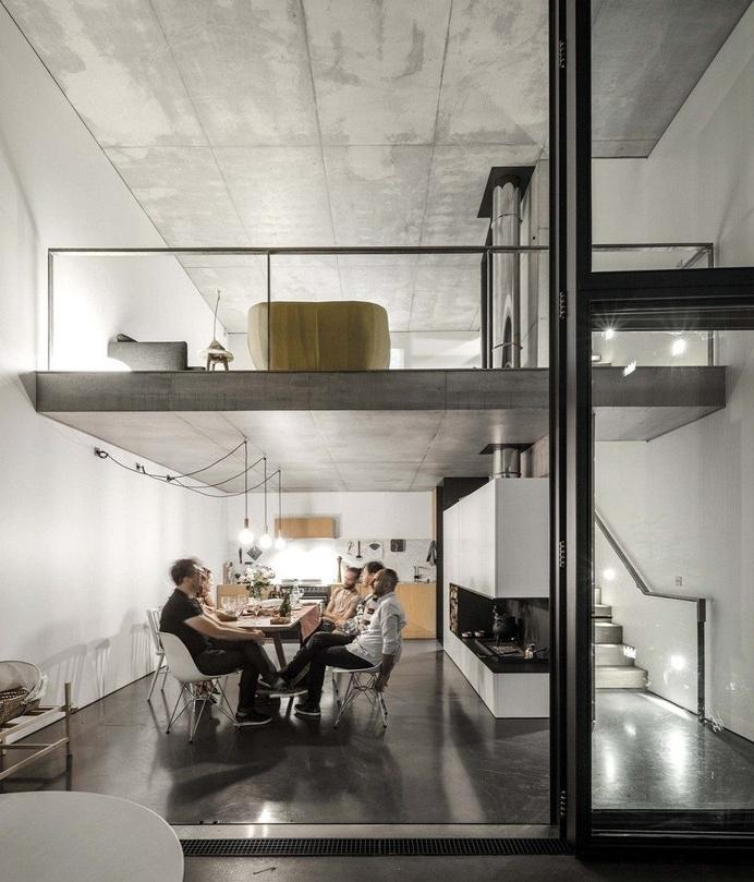 Casa em Paris Mohammed Omais Olivia Gomes 17