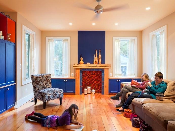 Jenkintown House – Reorganization of Mid Century Suburban House