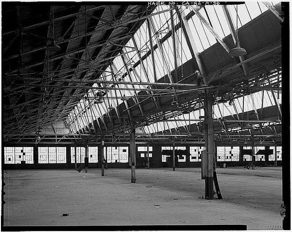 Ford Long Beach Assembly Plant ASSEMBLY LINE AREA FROM NEAR INTERIOR LOADING DOCK. VIEW TO WEST #factories #structure #roofs #architecture #sawtooth