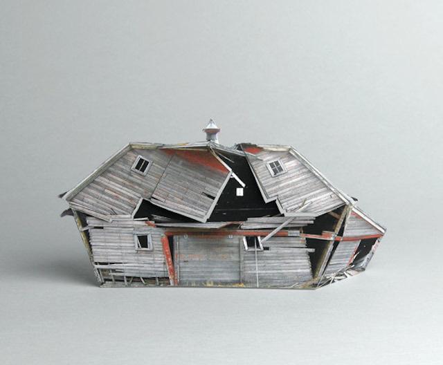 brokenhouses-12 #sculpture #house #art #broken #miniature