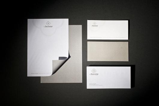 AGREESTUDIO : Le book #identity #branding