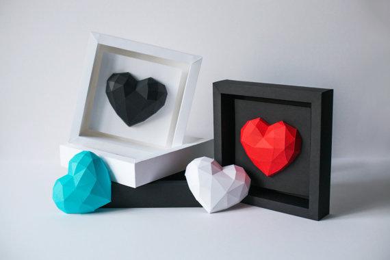 Paper Heart https://www.etsy.com/shop/PaperHeartFrame #papercraft #paper #heart #paperheart #gift #lowpoly #papercraft #valentinesday