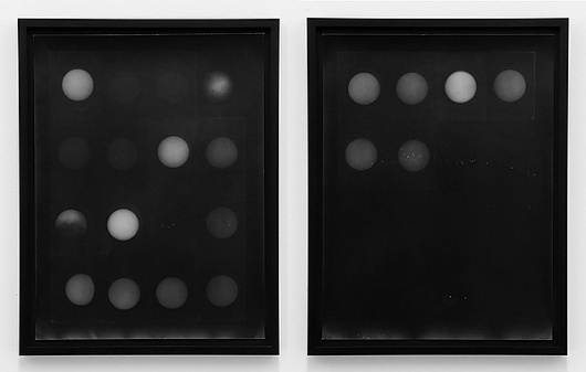 but does it float - Images #spheres #white #black #and