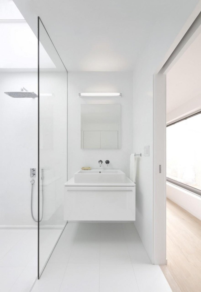 Bathroom - Rear Window House by Edward Ogosta Architecture 10