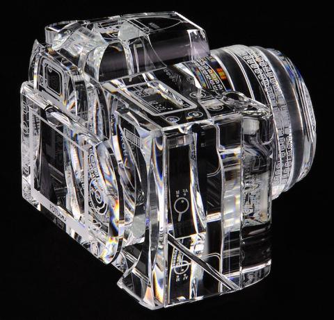 Glass Sculpture of Canon 7D | PICDIT #glass #sculpture #art