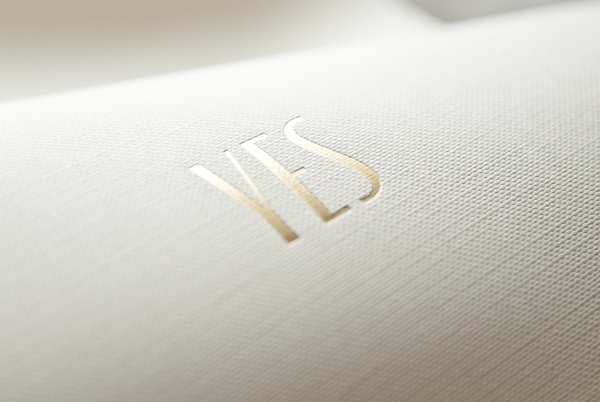 YES - Jewelry brand #yes #golden #gold #jewerly #typography