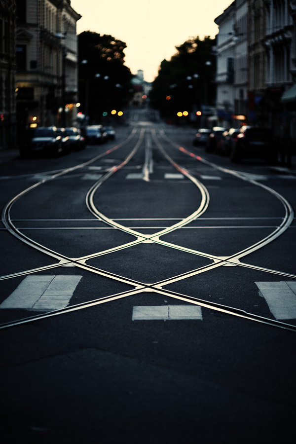 Standing Elements #cross #way #photography #street #car #cable