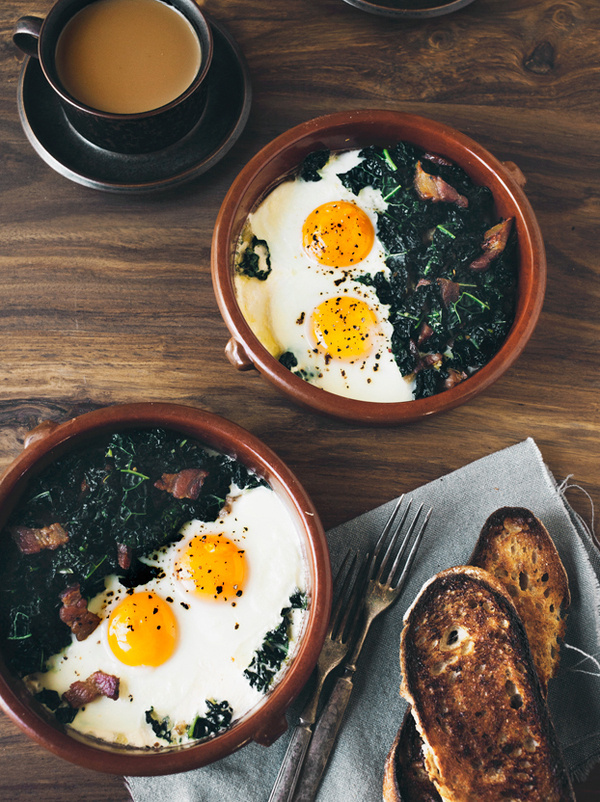 grayskymorning:(via Pancetta & Kale Bakes Eggs | Eva Kolenko Photography) #food