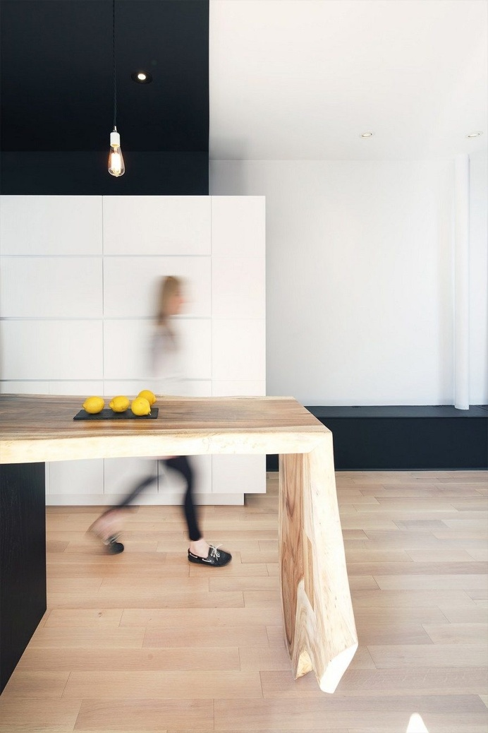 Bourdages-Cloutier Apartment in Montreal by ADHOC architectes 2