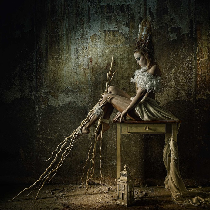 Futuristic Nightmare Creations Come To Life In Fantasy Portraits by Stefan Gesell