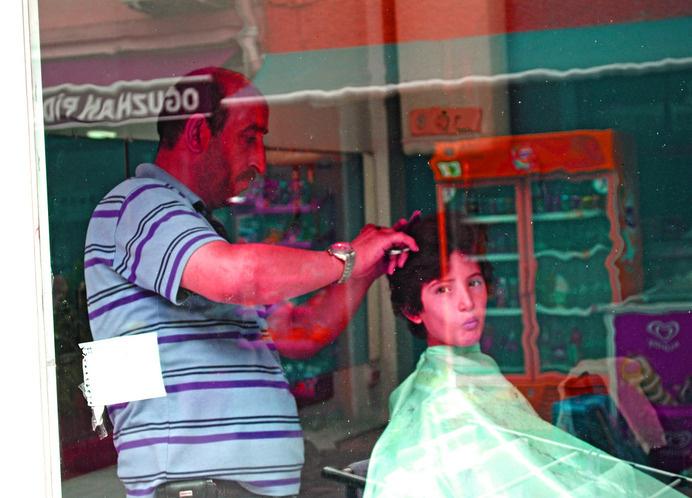 Istanbul boy haircut edit | Flickr #red #egirdir #turkey #walby #istanbul #haircut #photography #portrait #david #wall-b